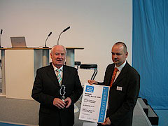 Bender erhält eCarTec-Award 2009