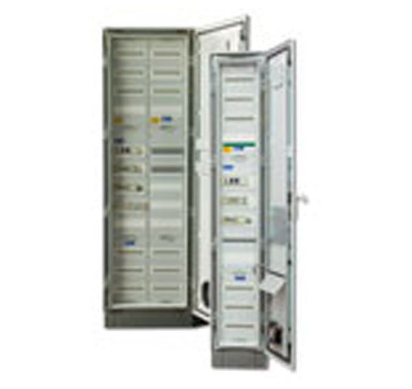 Floor/wall mounted Isolated Power Systems